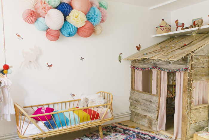 Colorful cloud of lanterns for your kids bedroom