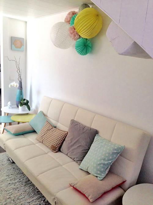Grappe de lampions pastel pour décoration de salon