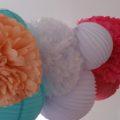 Décoration pour boutique et vitrine, grappe de lampions colorés